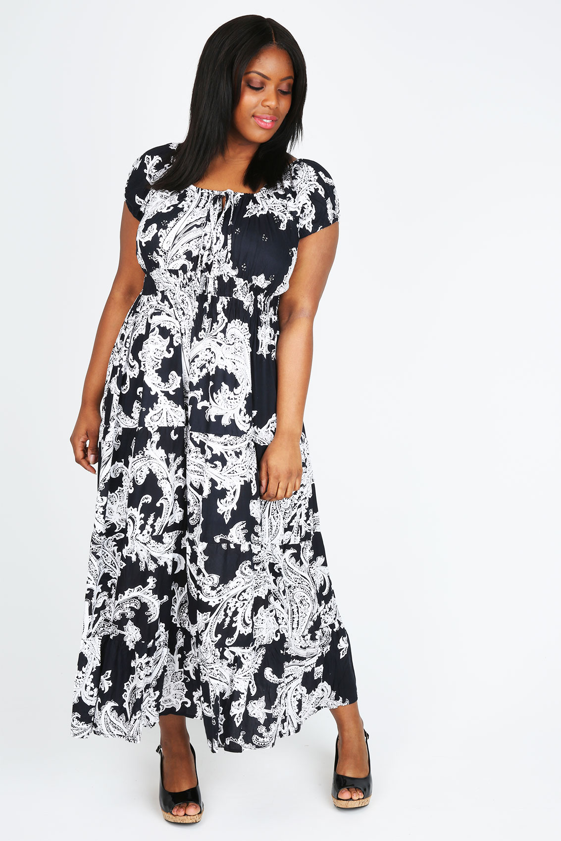 black and white floral print gypsy maxi dress plus size 14. Black Bedroom Furniture Sets. Home Design Ideas