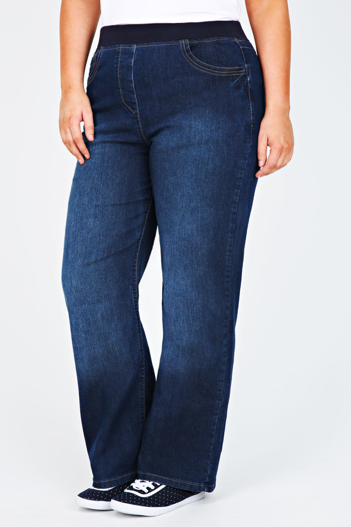 Our plus size jeans range includes a great choice of washes, including stonewash, dark blue and even tie-dye, and with sizes from you'll find the perfect fit. We even have on-trend high-waist jeans and jeggings to bring your wardrobe up to date.