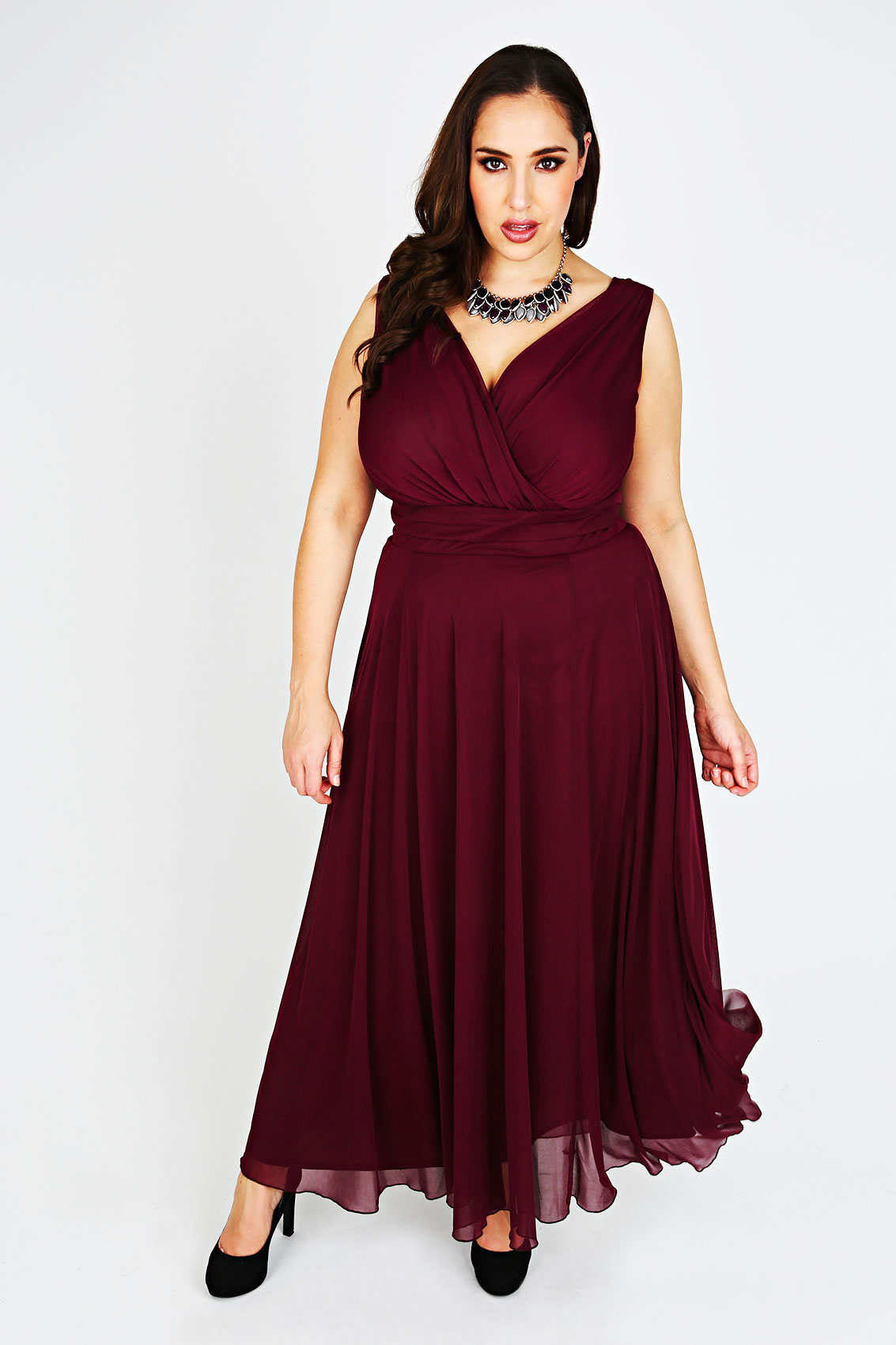 Scarlett jo cranberry chiffon maxi dress plus size 14 16 for Plus size wedding dresses size 32 and up
