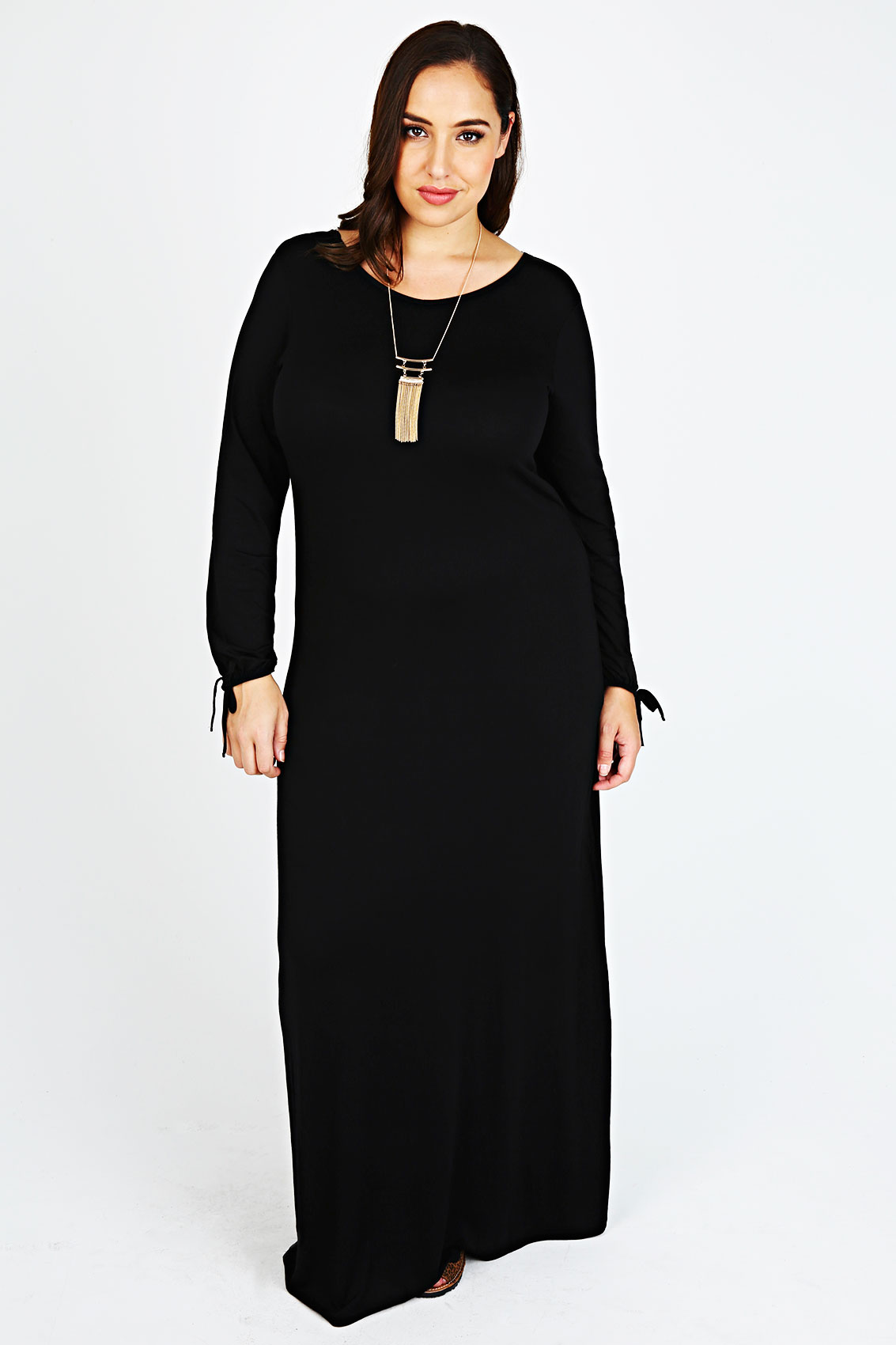 Forever 21 has a Dress for every occasion! Shop party dresses for going out, sweater dresses, floral minis, white maxis, wedding, bridesmaid, and occasion dresses. Keeping it casual? Find T-Shirt dresses and overall dresses too!