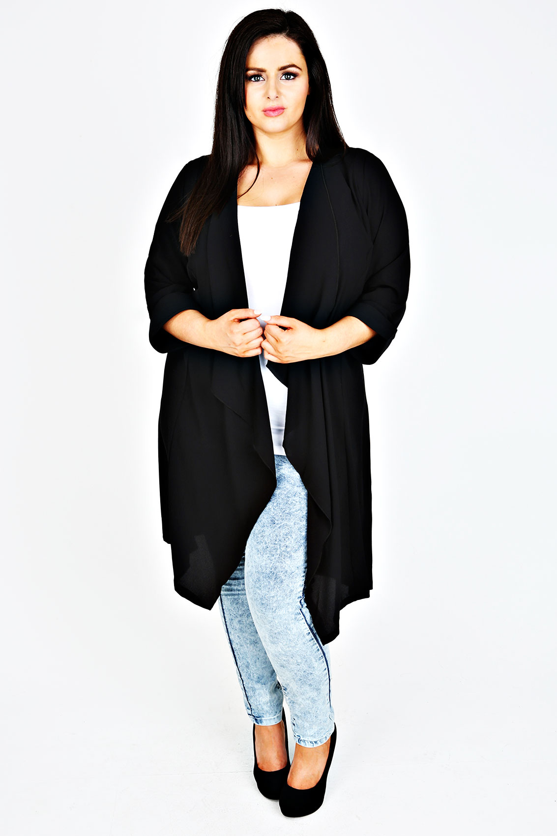 A wide selection of women's plus size tops in so many styles from Ambrose Wilson in sizes