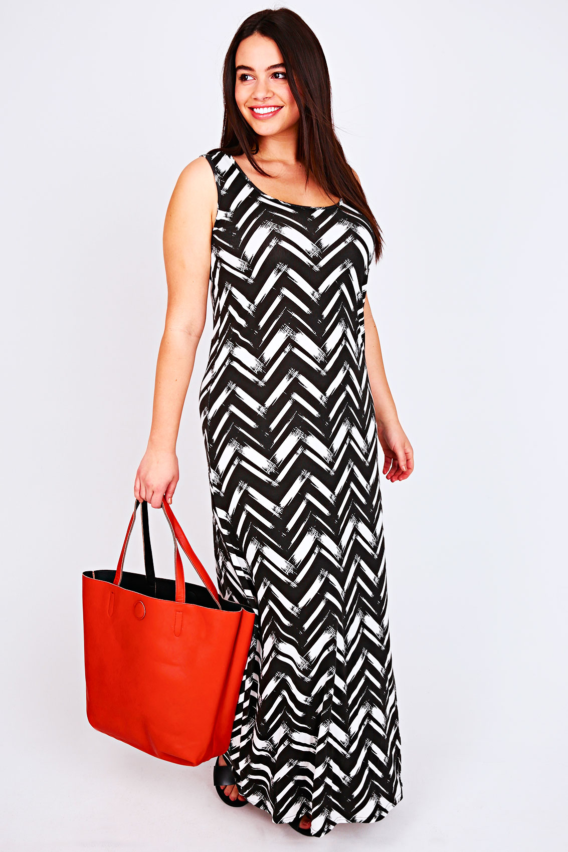 black and white all over chevron print maxi dress plus. Black Bedroom Furniture Sets. Home Design Ideas