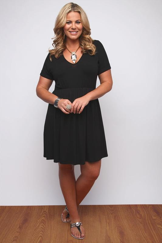 Black Plain Drop Waist Dress With Roll Back Sleeves Plus Size 1618