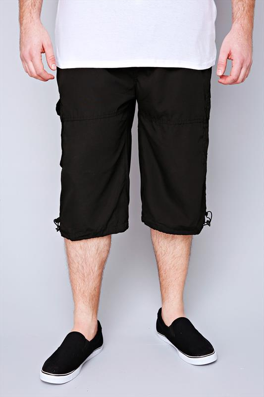 D555 Black Cargo Shorts With Pockets