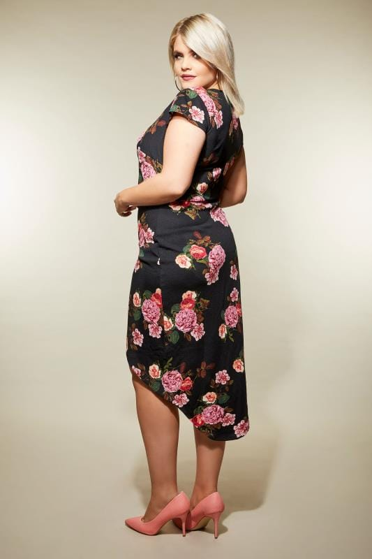 AX PARIS CURVE Black Floral Wrap Dress