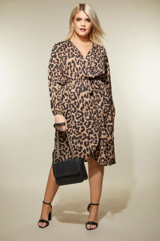 AX PARIS CURVE Leopard Print Wrap Dress