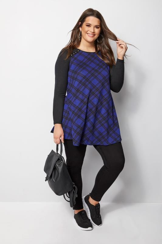 Plus Size Knitted Tops Black & Blue Check Swing Top