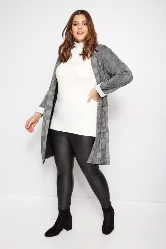 bed5b73e4f826f Plus Size Black Faux Leather Leggings | Sizes 16 to 36 | Yours Clothing