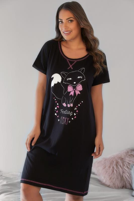 "Black ""Feeling Foxy"" Printed Nightdress"