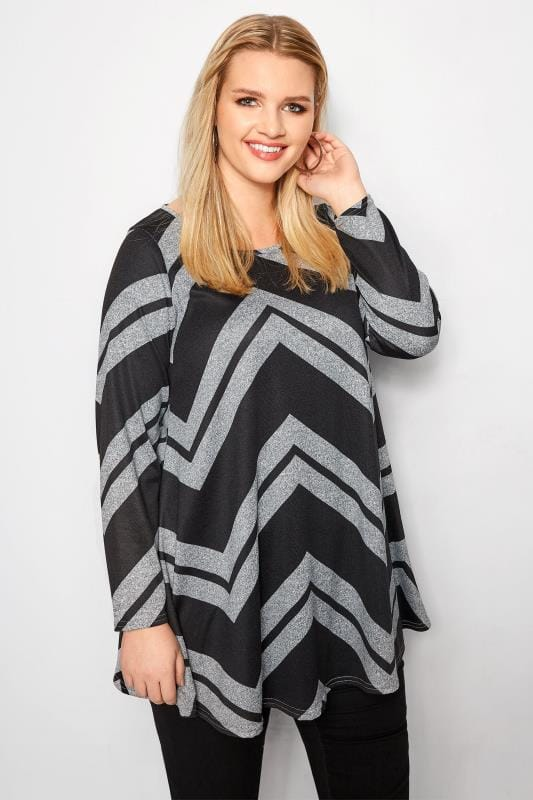 Plus Size Day Tops Black & Grey Chevron Top