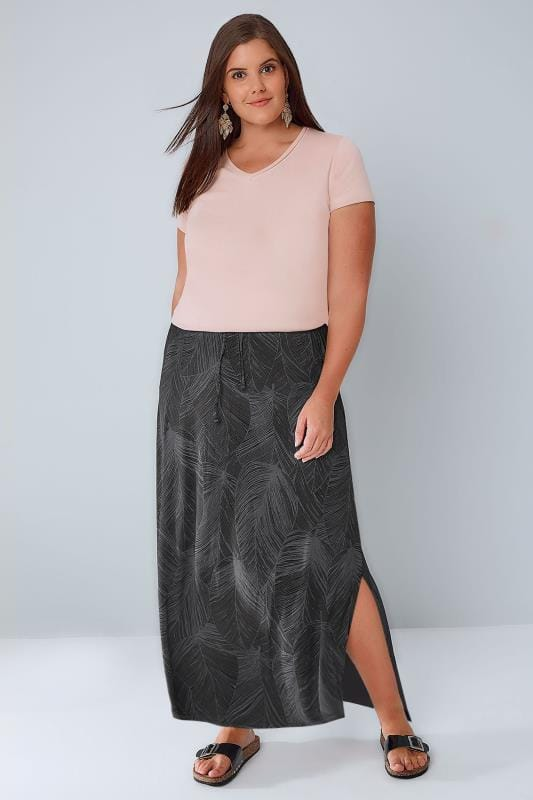 Plus Size Maxi Skirts Black & Grey Leaf Print Pull On Maxi Skirt With Side Splits