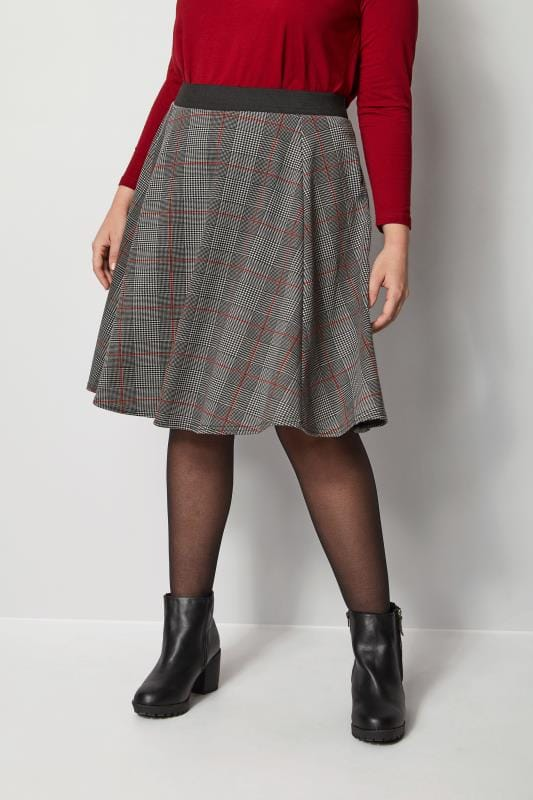 Plus Size Skater Skirts Black & Red Check Skater Skirt