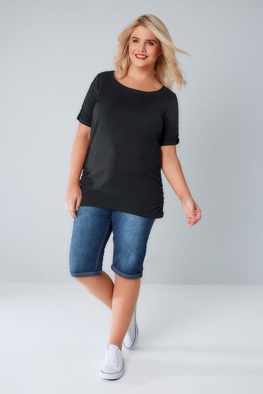 Black Ruched Side T-Shirt With Ruched Short Sleeves