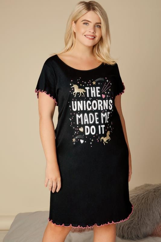 "Chemises de Nuit  Grande Taille Chemise de Nuit Noire & Slogan ""The Unicorns Made Me Do It"""