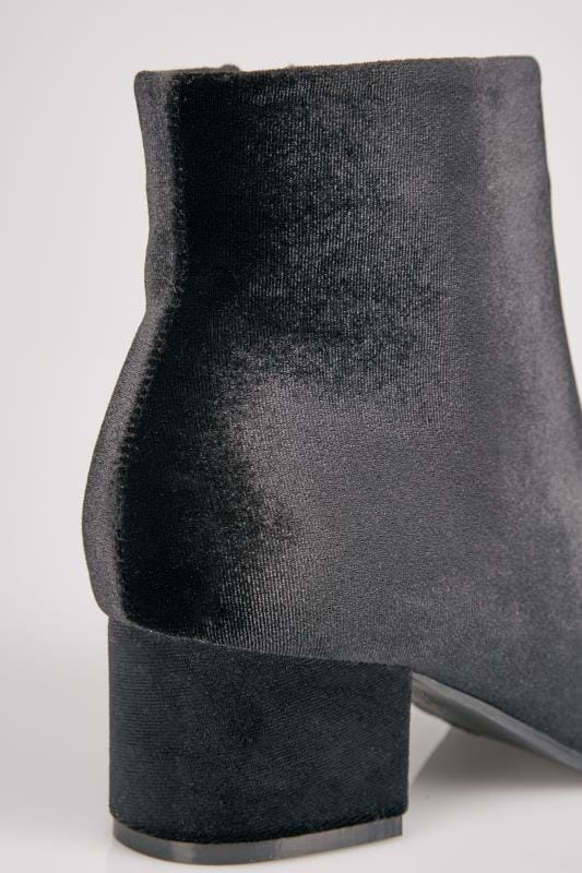 Black Velvet Boots With Block Heel In E Fit