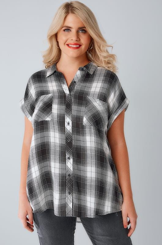 Plus Size Blouses & Shirts Black & White Checked Shirt With Short Grown-On Sleeves & Metallic Detail