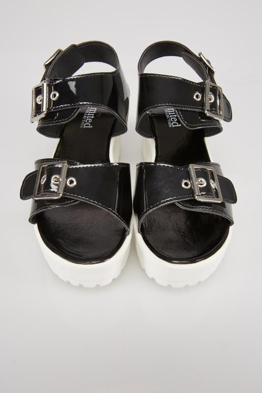 Black & White Cleated Platform Sandal In E Fit