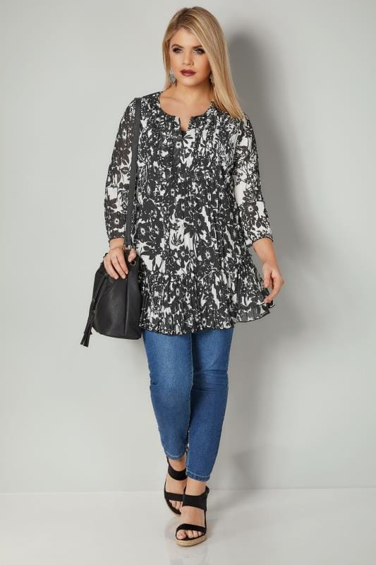 Black & White Floral Print Crinkled Blouse