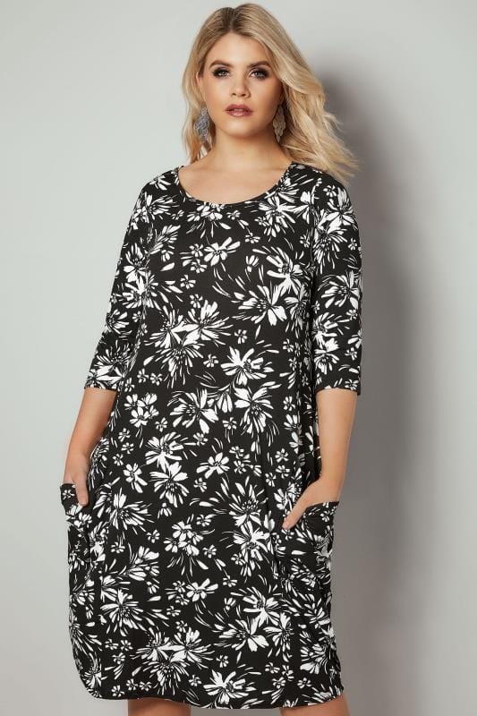 Plus Size Swing Dresses Black & White Floral Drape Pocket Jersey Dress With 3/4 Sleeves