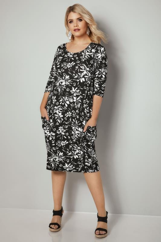 Black & White Floral Drape Pocket Jersey Dress With 3/4 Sleeves