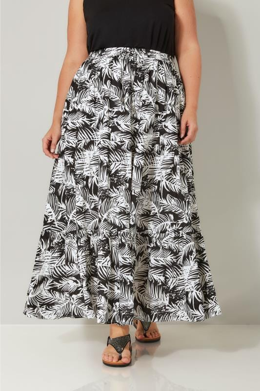 Plus Size Maxi Skirts Black & White Leaf Print Tiered Maxi Skirt
