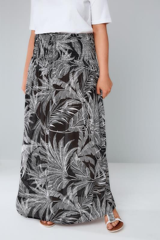 Black & White Palm Print Maxi Skirt With Ruched Waistline