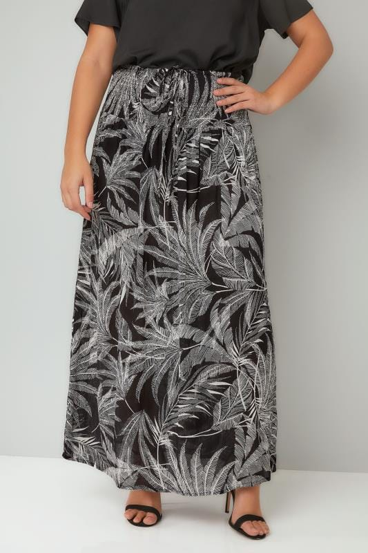 Plus Size Maxi Skirts Black & White Palm Print Maxi Skirt With Ruched Waistline