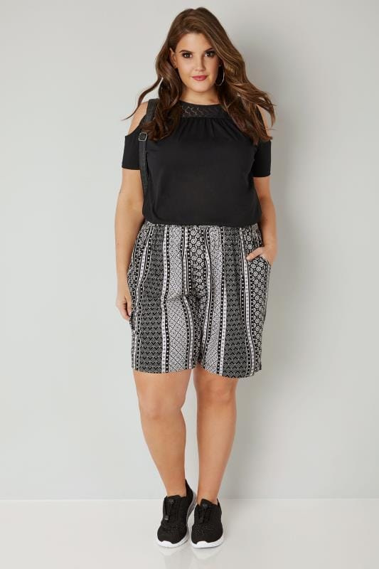 Black & White Tile Print Smock Shorts
