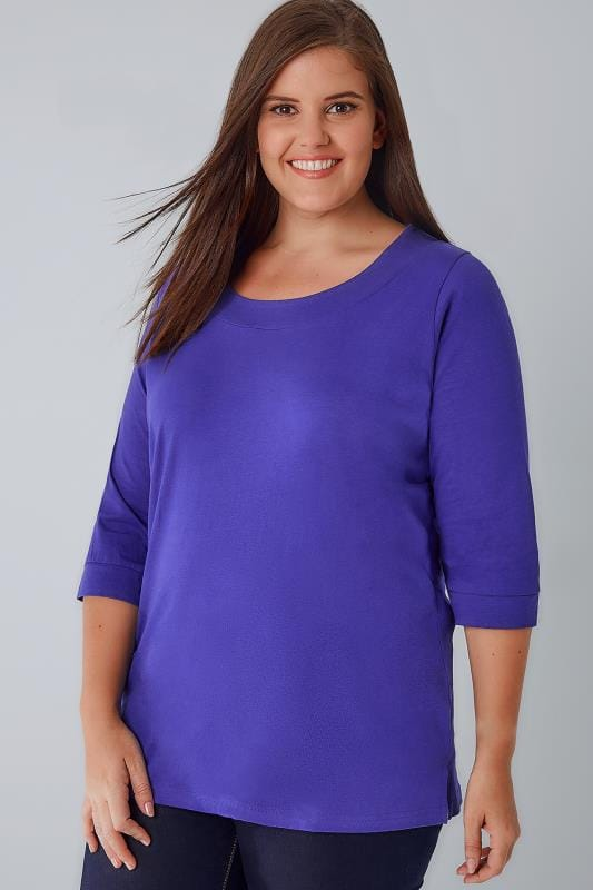 Blue Band Scoop Neckline T-Shirt With 3/4 Sleeves