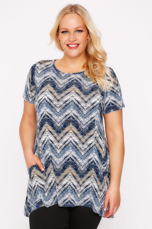 Plus Size Smart Jersey Tops Blue & Cream Mixed Zig Zag Print Hanky Hem Top With Drop Pockets