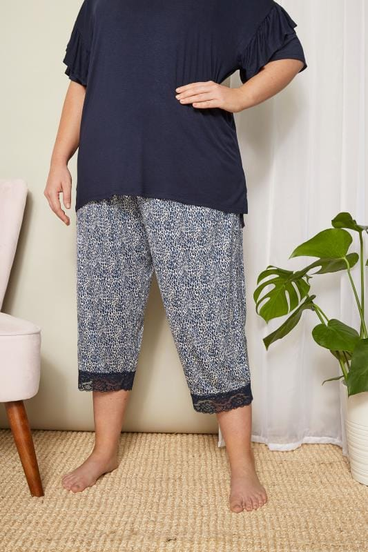 Plus Size Loungewear Blue Leopard Cropped Loungewear Bottoms