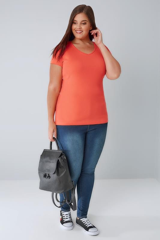 Coral Short Sleeved V-Neck Basic T-Shirt