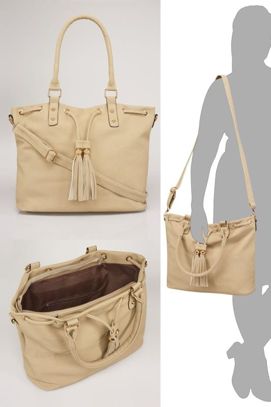 Cream Drawstring Shoulder Bag With Tassels