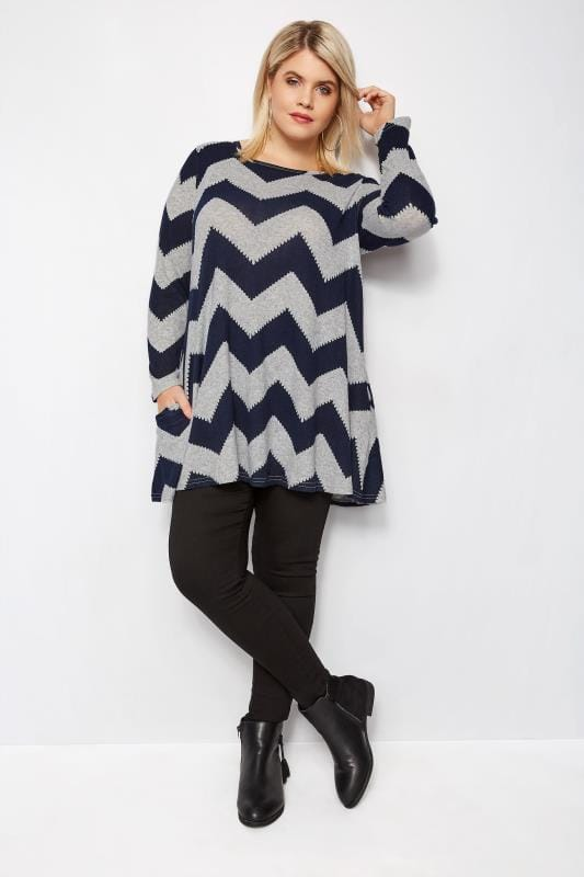 Plus Size Knitted Tops & Jumpers IZABEL CURVE Grey & Navy Knitted Chevron Top