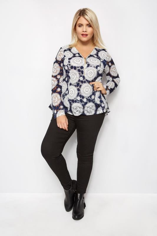 IZABEL CURVE Navy & White Circle Mesh Top