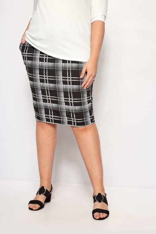Plus Size Pencil Skirts LIMITED COLLECTION Black Check Pencil Skirt