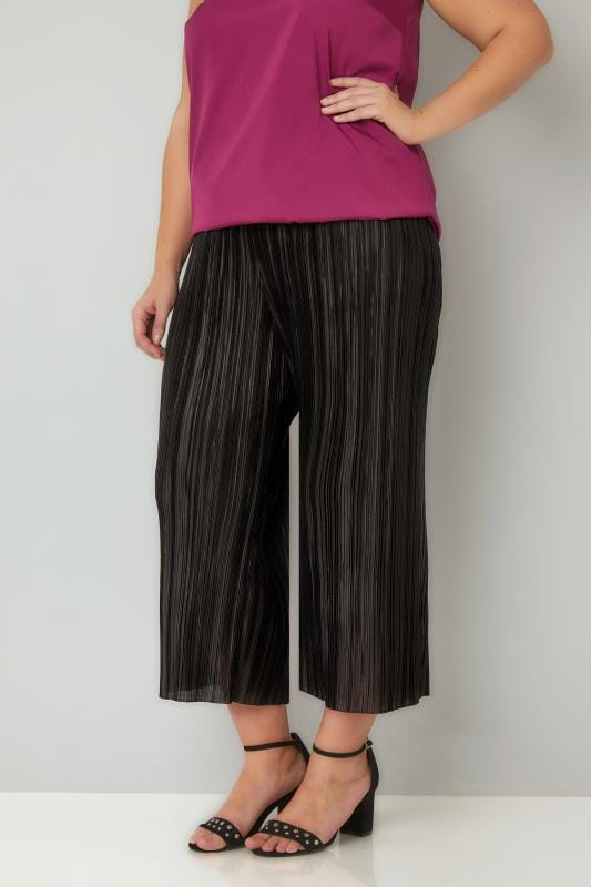 Cropped Trousers LIMITED COLLECTION Black Plisse Culottes 210274