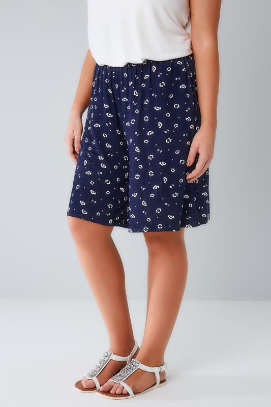 Jersey Navy & White Deco Daisy Print Jersey Pull On Shorts 144065