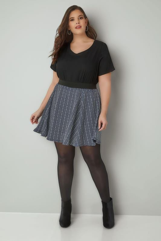 Navy & White Textured Skater Skirt With Elasticated Waistband