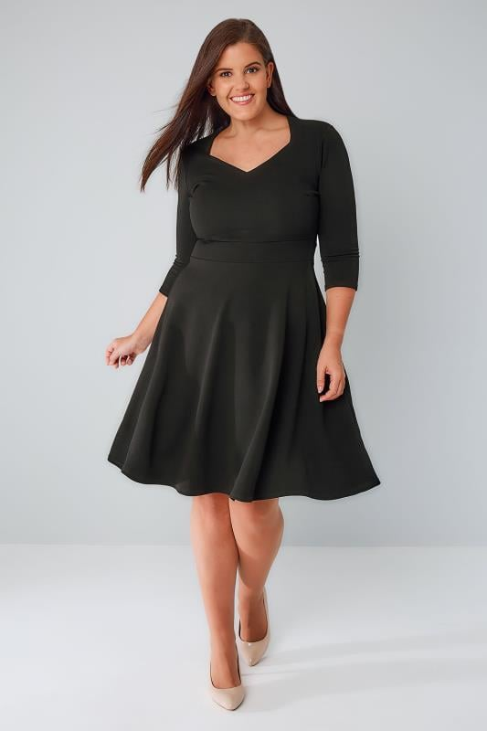 PRASLIN Black V-Neck Skater Dress