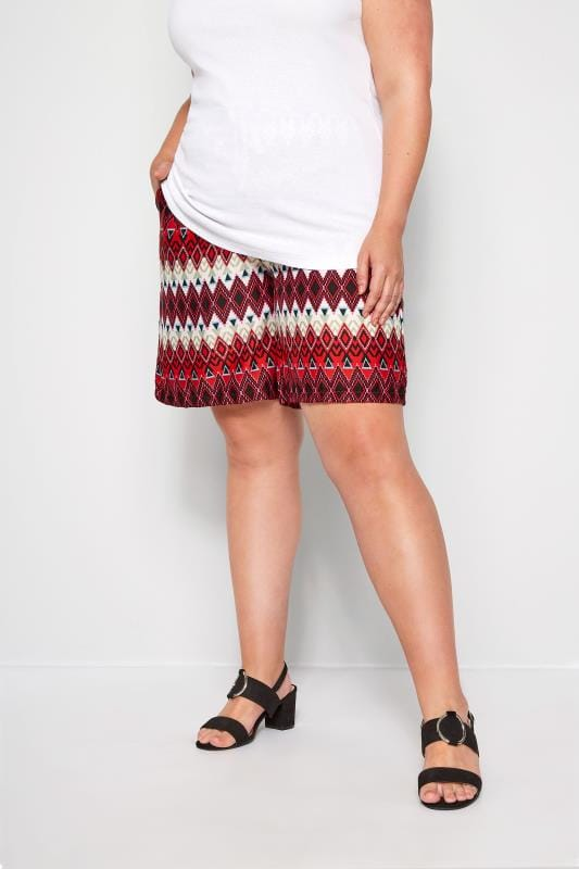 Plus Size Fashion Shorts Red Geo Print Pull On Shorts