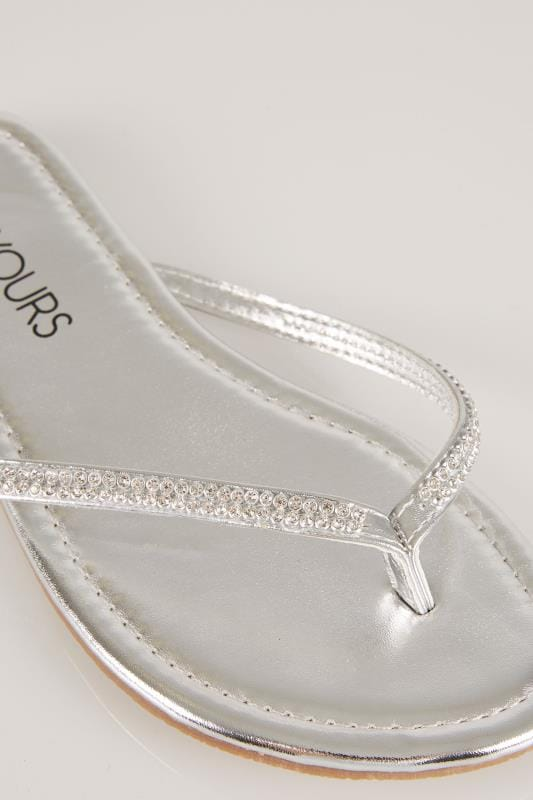 Silver Flip Flop With Diamante Trim In EEE Fit