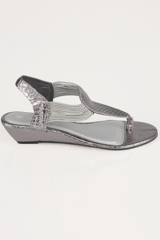 Silver Snake Print Wedge Elasticated Toe Post Sandal In -8729