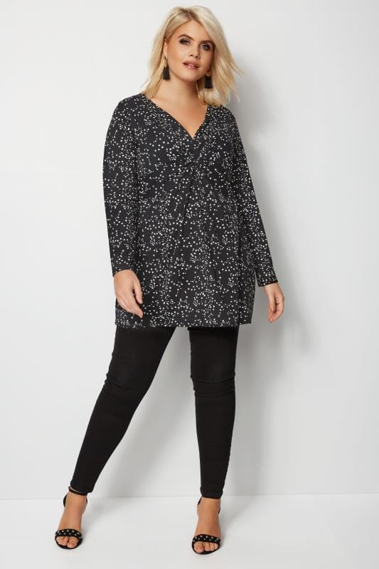YOURS LONDON Black Star Knot Top
