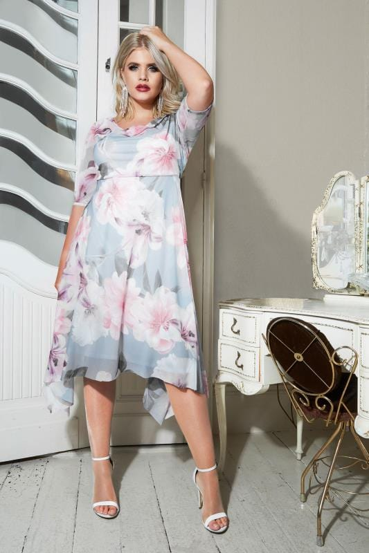 YOURS LONDON - Robe Bleu & Rose en Mousseline Avec Ourlet Mouchoir