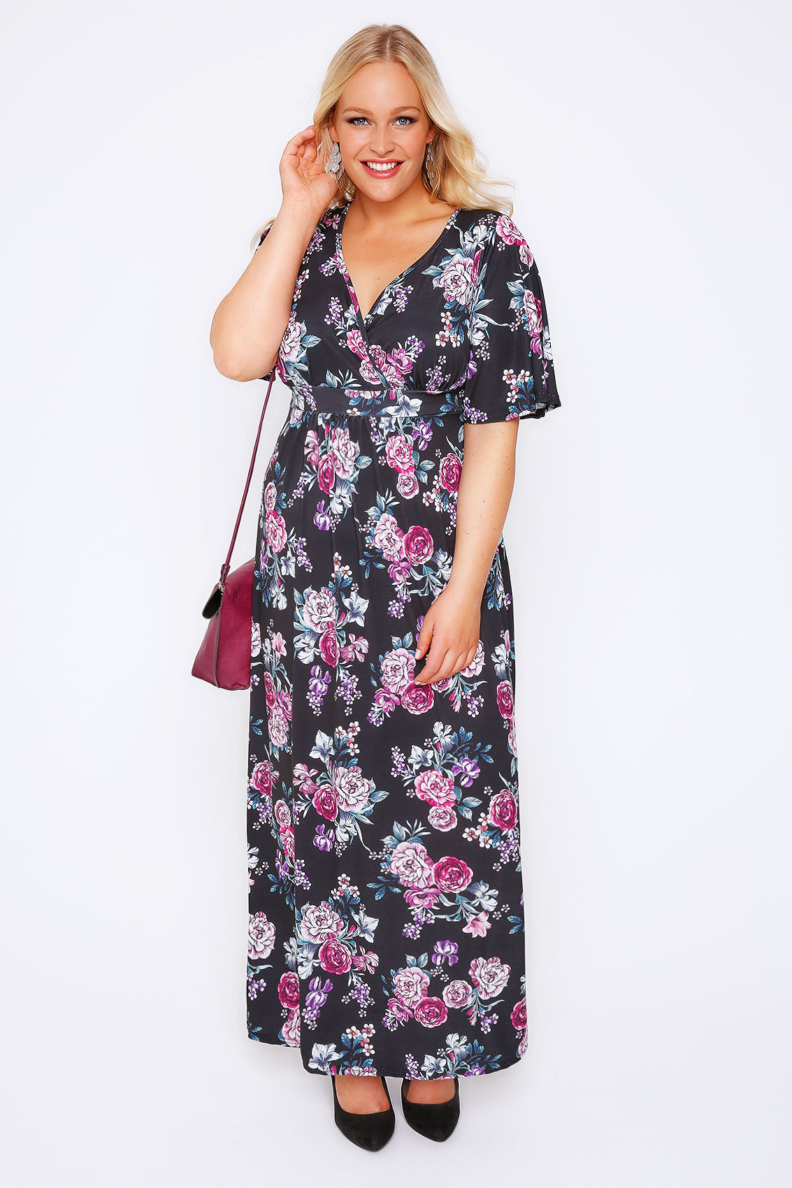 The perfect maxi dress for your next getaway or big day out is here. Our long dresses lend the perfect touch of bohemian elegance for any event. Whether it's an effortless and casual dress for a sun-filled day or a gala-ready designer gown, we have your dream dress that will turn heads.