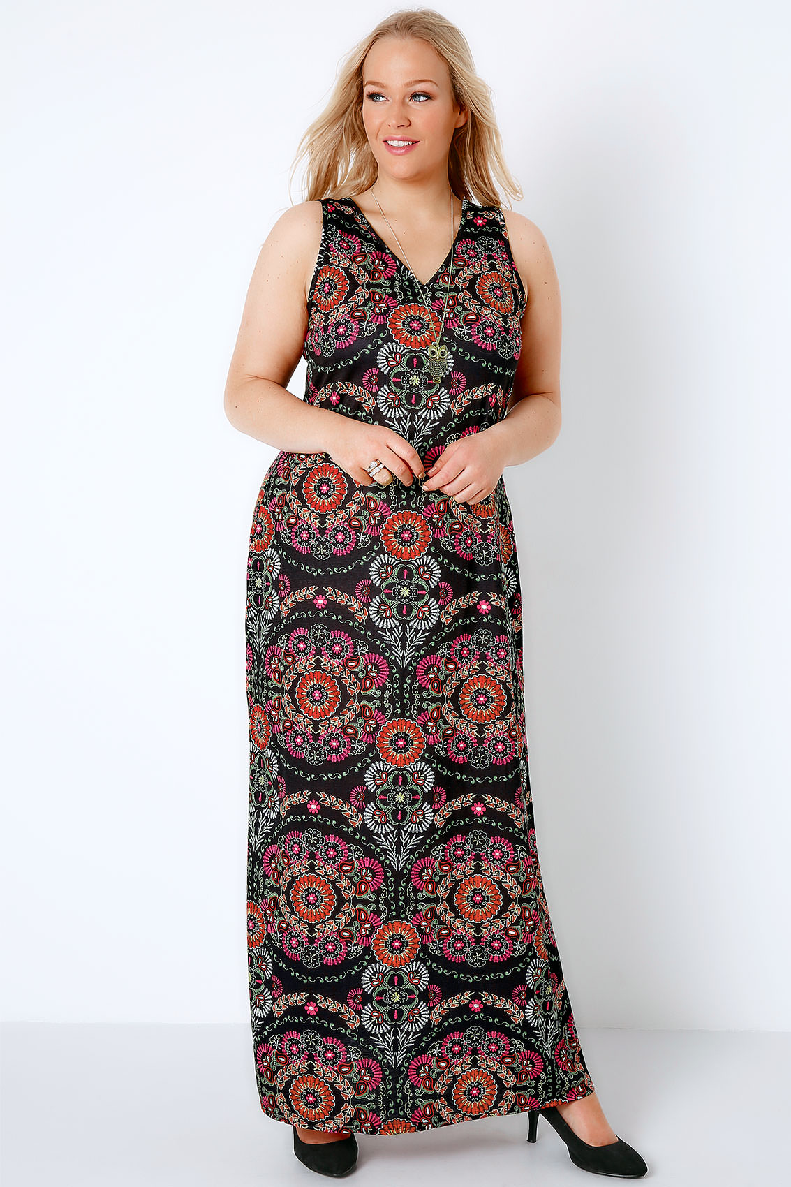 black multi circle gypsy print jersey maxi dress with v. Black Bedroom Furniture Sets. Home Design Ideas