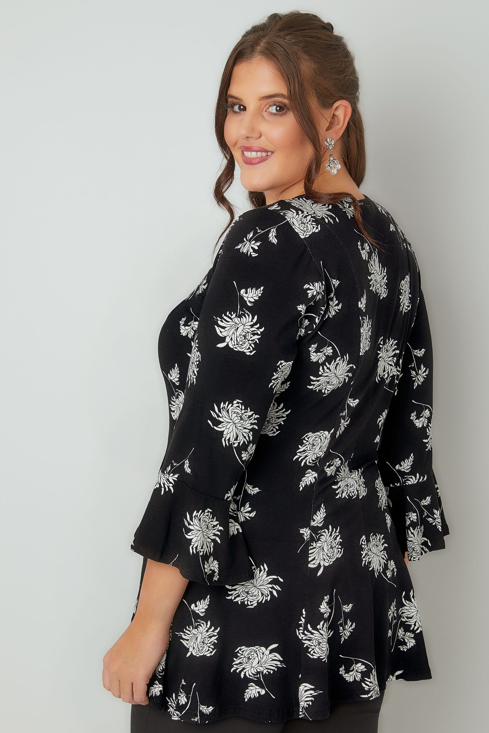 e972d78422206d Black & White Floral Print Longline Peplum Top With Flute Sleeves ...