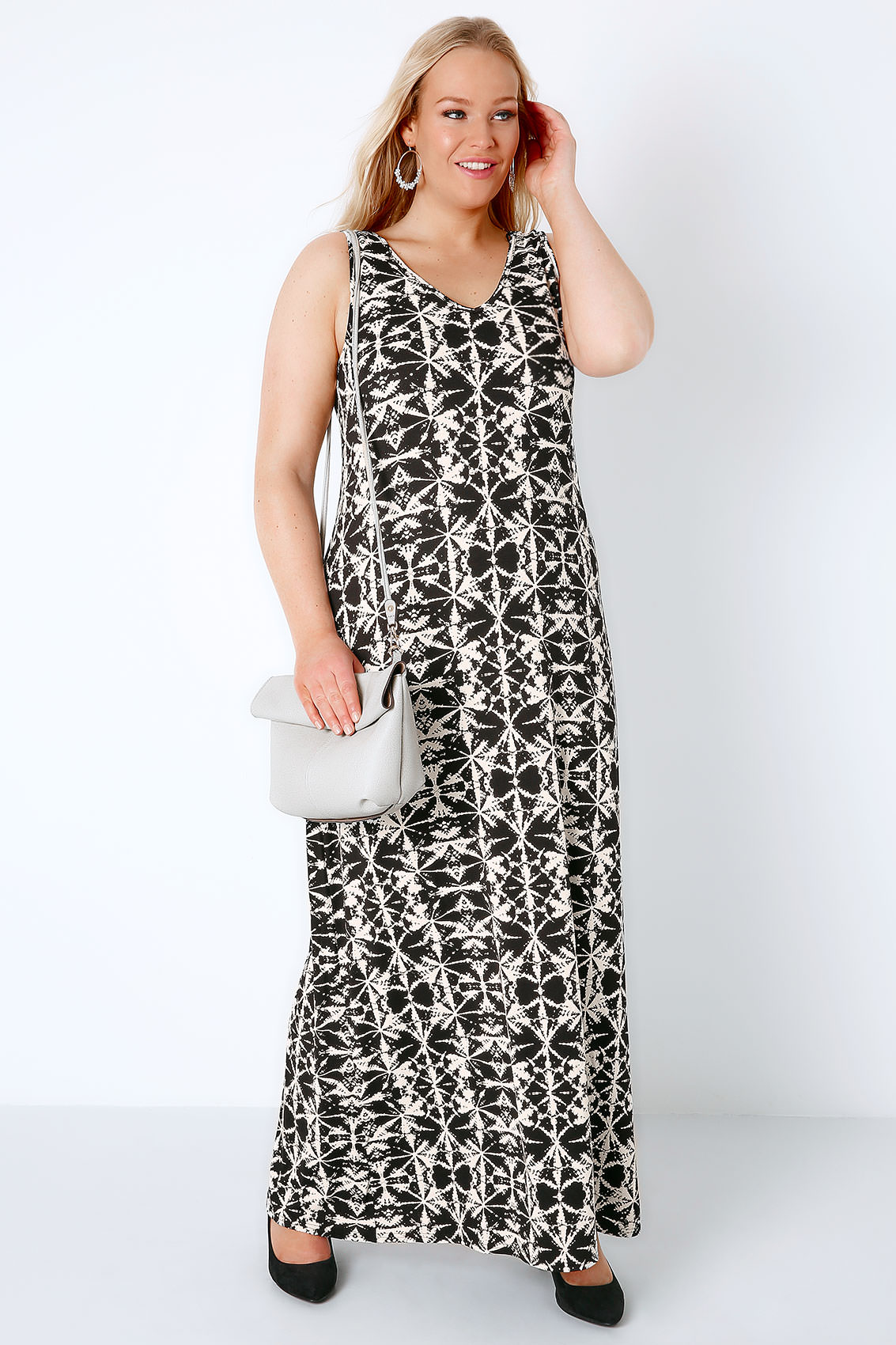 black white tie dye print jersey maxi dress with v neck. Black Bedroom Furniture Sets. Home Design Ideas