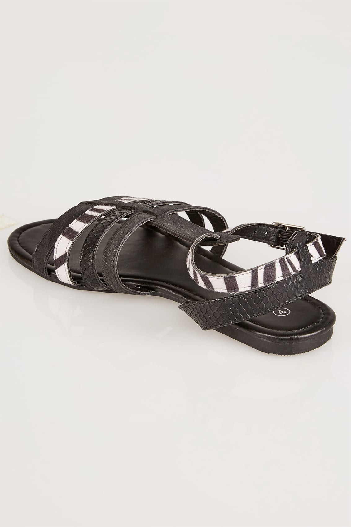 schwarz zebra muster gladiator sandalen in eee breite passform. Black Bedroom Furniture Sets. Home Design Ideas